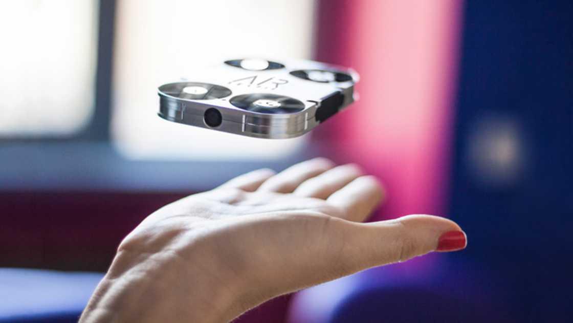 drone-selfie-airselfie-2
