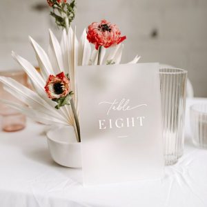 plan-de-table-acrylique-mariage